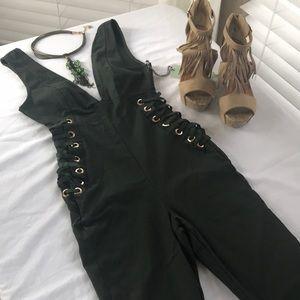 🔥🔥🔥Force green jumpsuit 🤩 size S